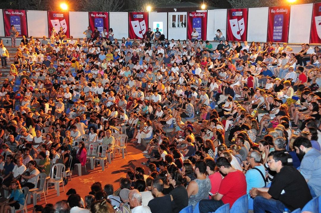 Kadıköy Belediyesi Tiyatro Festivali