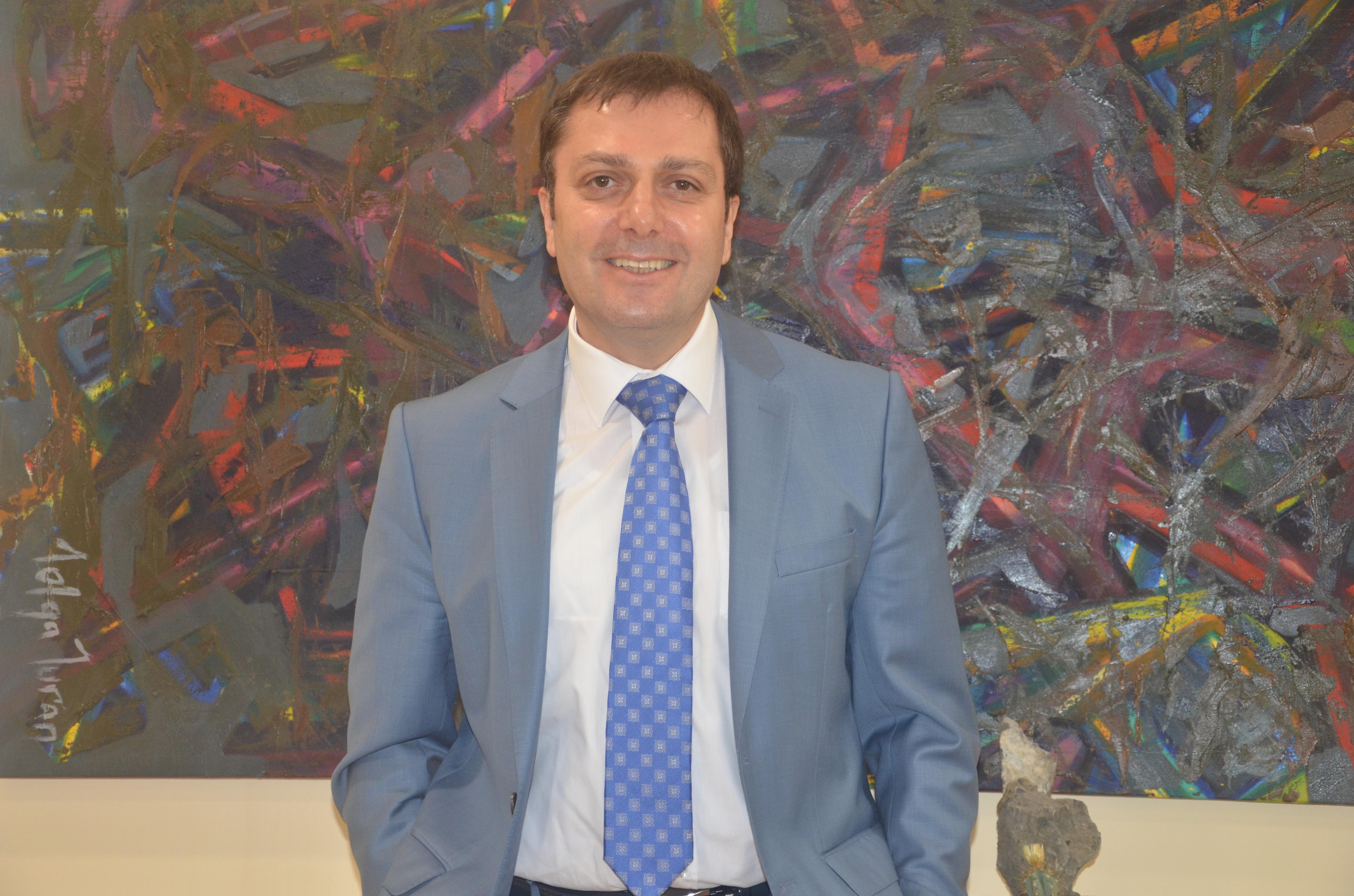Prof. Dr. Servet Bayram