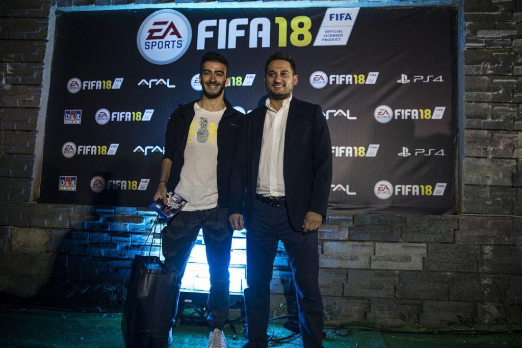FIFA 18 LANSMAN PARTİSİ
