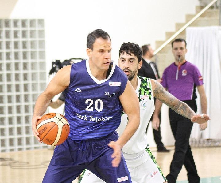 Türk Telekom basketbol mücadelesi