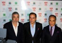 Demir İnşaat Yönetim Kurulu Başkanı Hamit Demir, Sivasspor Kulübü Başkanı Mecnun Otyakmaz, Sivasspor Teknik Direktörü Samet Aybaba
