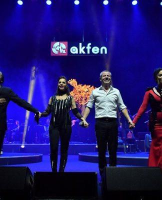 Akfen Holding 41. yıl kutlaması Fahir Atakoğlu - Sertap Erener - Levent Yüksel - Aşkın Nuryengi